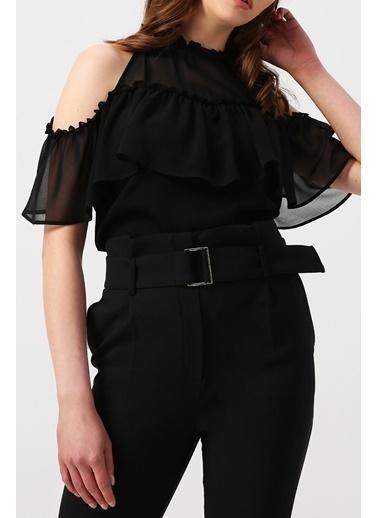 Random Kadın Önü Fırfır Detaylı Halter Yaka Bluz Siyah